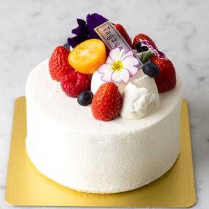 Raw Decoration Cake
